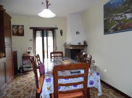Cod.818-Cittaducale, Località Radicara :Appartamento con ingresso indipendente