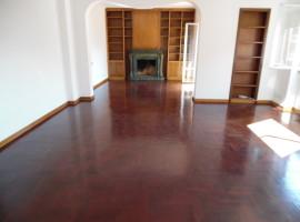 859- Rieti, Via Contigliano: Appartamento
