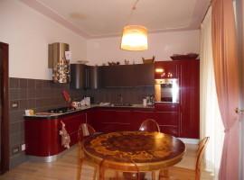 Cod. 871- Rieti, Via Paolessi: Appartamento