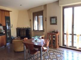 Cod.885-Rieti, Via Rinaldi( Zona Borgo): Appartamento