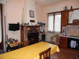 Cod. 951- Rieti, Località Cerchiara, Via Canera: Immobile indipendente