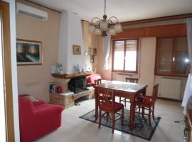 Cod. 946- Rieti, Via Borbona: Appartamento
