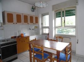 Cod. 959- Rieti, Via Vaccarezza: Appartamento