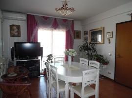 Cod. 979- Rieti, Via De Juliis: Appartamento