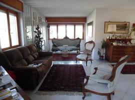 Cod. 967- Vazia (RI): Villino