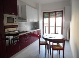 Cod. 985- Rieti, Via Picerli: Appartamento