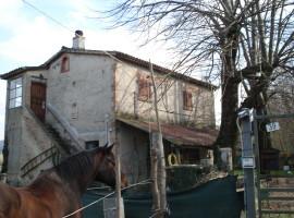 Cod. 980- Rieti, Via Velinia: Casale