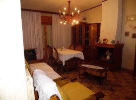 Cod. 945- Rieti- Via Chiesa nuova: Appartamento